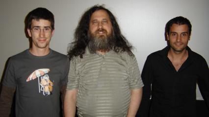 PC + GNU + CROMO